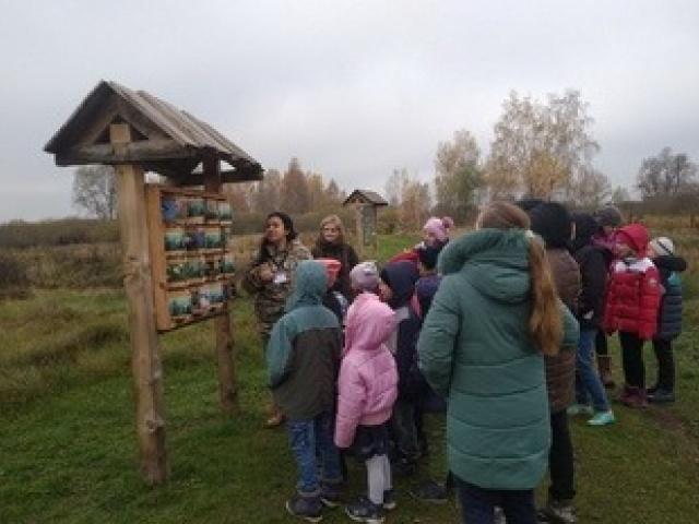 Сегодня нашу Экологическую тропу посетили учащиеся Лыщенской школы